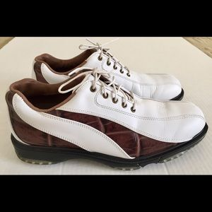 FootJoy FJ Icon Wave Spikeless Golf Shoes Sz 8.5.
